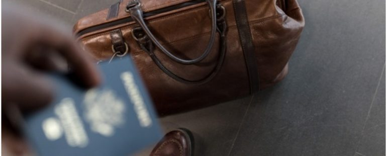 The Ultimate Airport Checklist for Travelers!